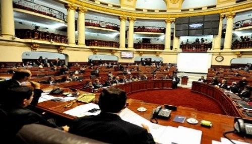 Amplían plazo a comisión que investiga gobierno de ex presidente García