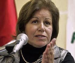 Lourdes Flores rechaza la renuncia de Rafael Roncagliolo y saluda el nombramiento de Eda Rivas en Relaciones Exteriores