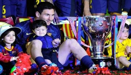 Lionel Messi celebró con su hijo Thiago el triunfo del Barça [FOTOS]