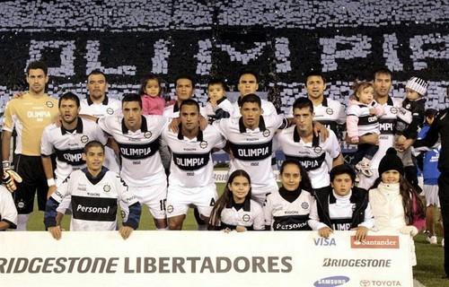 Olimpia derrotó 2-1 a Fluminense y se clasificó para las semifinales de la Copa Libertadores