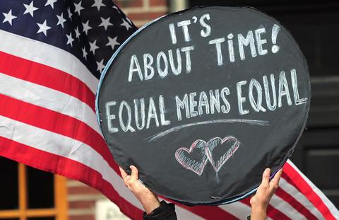Barack Obama felicita la decisión de la Corte Suprema de los Estados Unidos sobre el Matrimonio Homosexual
