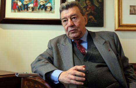 El estado de salud de ex canciller Rafael Roncagliolo es estable, pero continúa hospitalizado