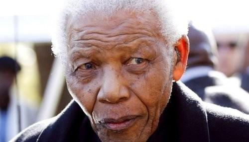 Mandela se encuentra en estado vegetativo permanente