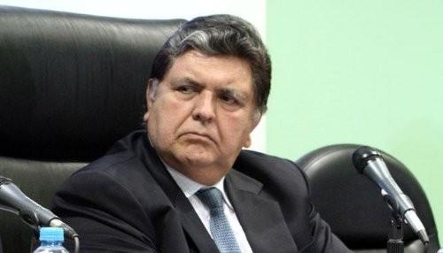 Alan García es nuevo asesor de empresa española que ganó licitación en su régimen