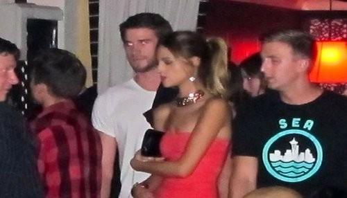 Liam Hemsworth olvida a Miley Cyrus con Eiza González [FOTOS]