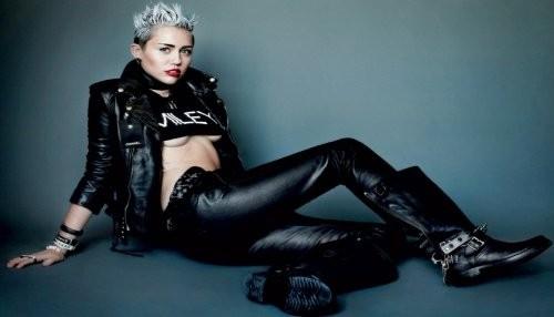 Miley Cyrus al desnudo en la portada de la revista 'Rolling Stone' [FOTOS]