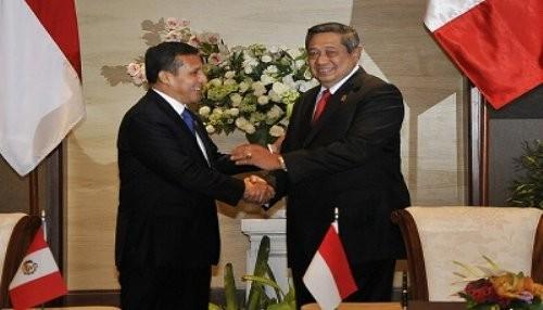 Mandatario se reunió con su homólogo de Indonesia, Susilo Bambamg Yudhoyono, en Bali