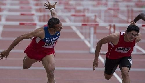 Juegos Bolivarianos 2013: Atleta Jorge McFarlane logra medalla de oro en 110 m con vallas