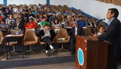 Sismicidad en la costa peruana fue expuesta en Universidad de Huacho