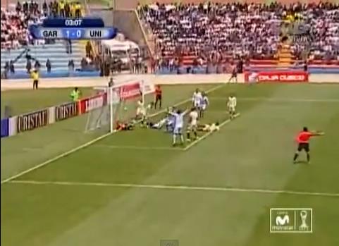 Real Garcilaso derrotó por 3-2 a Universitario en el primer encuentro de la final del Descentralizado 2013