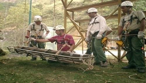 Guardaparques del SERNANP coordinan campaña de prevención por temporada de lluvias en el Santuario Histórico de Machupicchu