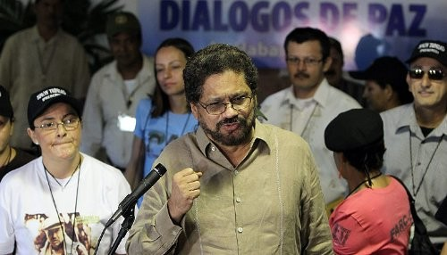Colombia: Gobierno y las FARC vuelvan a la mesa de negociaciones de paz