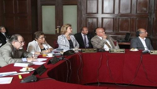 Comisión de Relaciones Exteriores se declara en sesión reservada