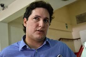 Trujillo: Carta de Renuncia de Daniel Salaverry al Partido Aprista Peruano
