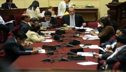 Ministros Figallo y Cateriano asisten a Comisión de Justicia
