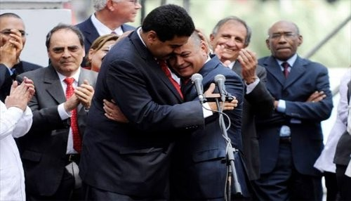 Maduro y Cabello: ¡guarimberos!