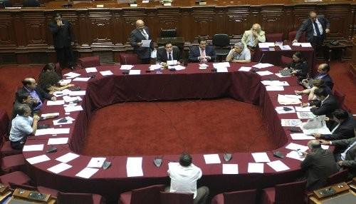 Congreso autorizó viaje del jefe de estado a Panamá y Colombia