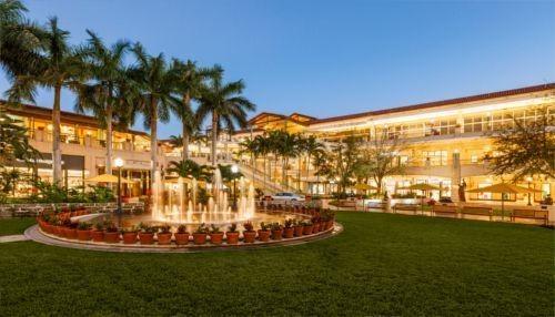 Village of Merrick Park- La Experiencia de Compras Más Exclusiva de Miami