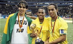 Kaka, Ronaldinho, Robinho, no fueron incluidos en la lista de 23 jugadores convocados por Scolari para el Mundial 2014