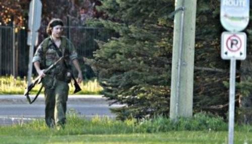 Canadá: Hombre armado mata a 3 policías