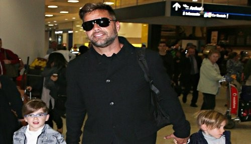 Ricky Martin llega a Sydney con sus hijos gemelos Matteo y Valentino [FOTOS]