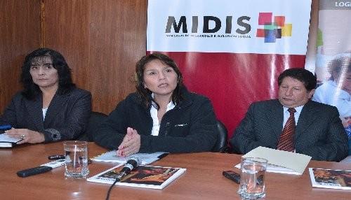 MIDIS exhorta a la población denunciar uso político de programas sociales