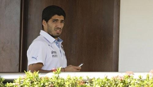 Luis Suárez es sancionado por la FIFA por morder a Giorgio Chiellini