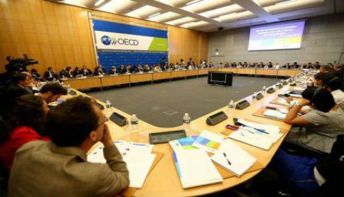 """""""Gobierno peruano apuesta por la transferencia tecnológica y desarrollo de las PYMES"""", afirma presidente Humala en París"""
