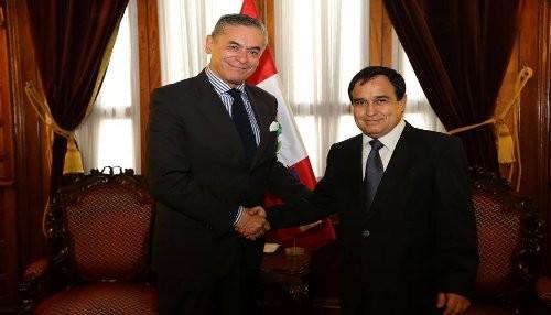 Tema del triángulo terrestre no distraerá camino en integración de Perú y Chile