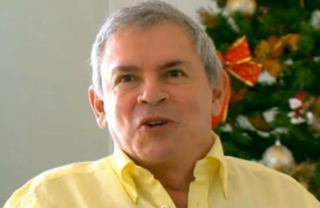 Luis Castañeda: ¿silencio o ciberpolítica?