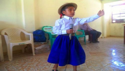 Escolares participaron en concurso de poesía para conservar el medio ambiente en el VRAEM