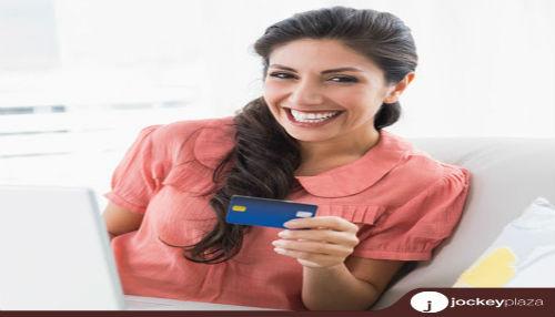Mujeres prefieren comprar online artículos para el hogar y hombres optan por equipos tecnológicos