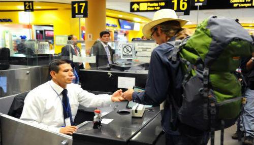 Los 24 módulos de atención de control migratorio en Aeropuerto Jorge Chávez funcionarán las 24 horas