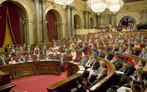 El parlamento catalán aprobó por amplia mayoría la llamada Ley de Consulta