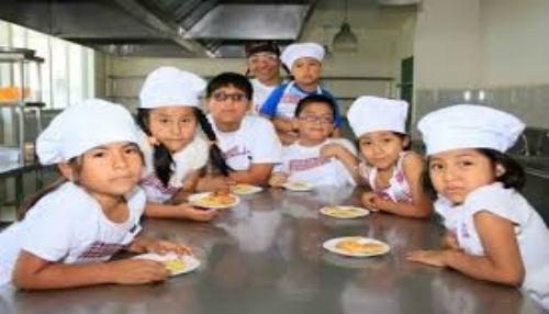 Talleres de cocina, pintura y creatividad en el Club de Niños de MegaPlaza