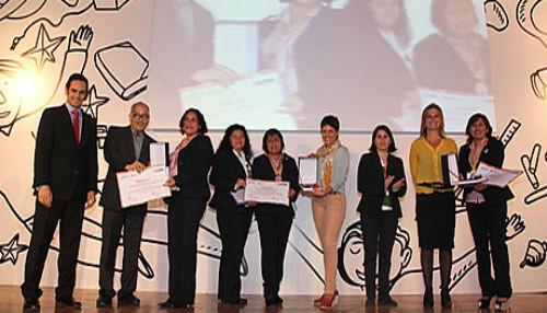 Ministerio de Educación reconoció a 106 docentes con Buenas Prácticas