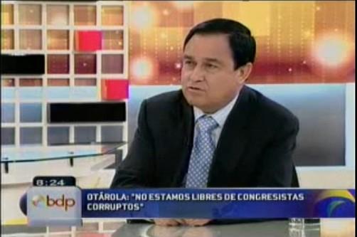Freddy Otárola respaldó al segundo vicepresidente Omar Chehade