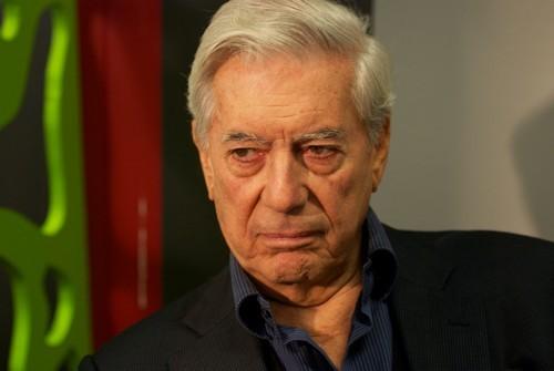 [Mario Vargas Llosa] El hombre-florero