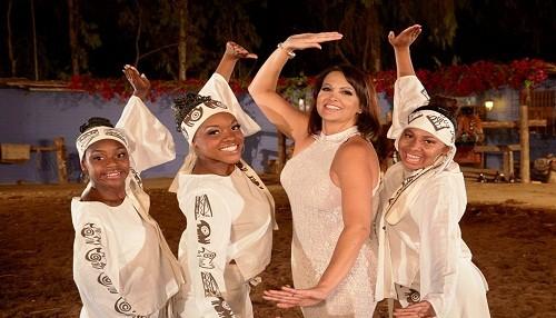Fabiola de la Cuba le canta a Chiclayo en su 180 aniversario
