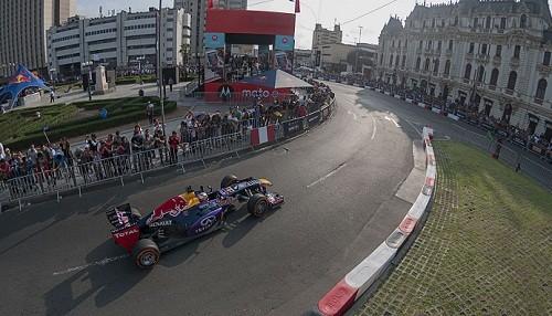 Carlos Sainz dejó marca sobre el asfalto limeño