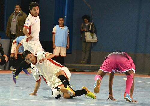 Universitario de Deportes continúa con racha ganadora en el futsal
