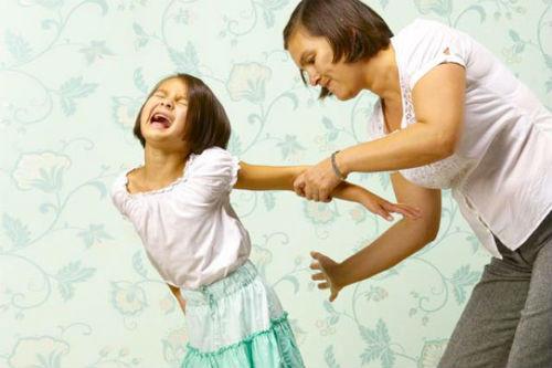 EsSalud: violencia doméstica en niños puede ocasionar actitudes suicidas