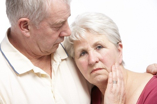 EsSalud: Mujeres son más propensas de padecer Alzheimer