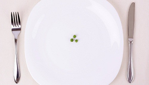 EsSalud: Dietas estrictas pueden hacer ganar más peso