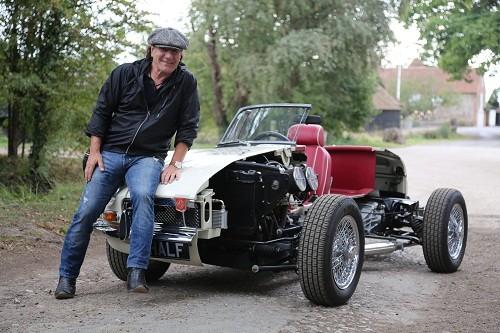 Discovery calienta motores en la nueva temporada de Autos Alucinantes con Brian Johnson