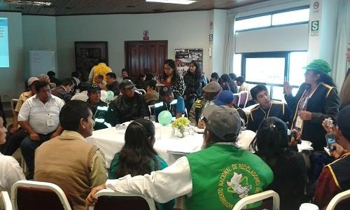 Trabajadores autoempleados presentaron propuestas a Peruanos Por el Kambio (PPK) y Partido Aprista Peruano (Apra)