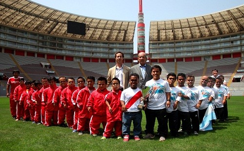 Selecciones de Futsal de talla baja de Perú y Argentina se enfrentan hoy