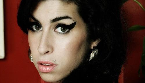 Amy, el documental nominado al Óscar sobre la vida de Amy Winehouse, se estrenará en Netflix