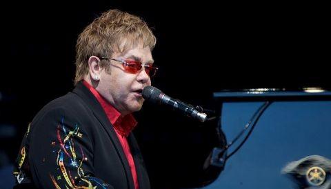 Estadio Nacional está casi listo para recibir a Elton John en concierto