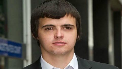 Hacker de Facebook en el Reino Unido es encarcelado
